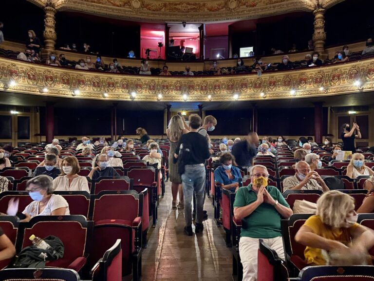 Audience at La Comedie