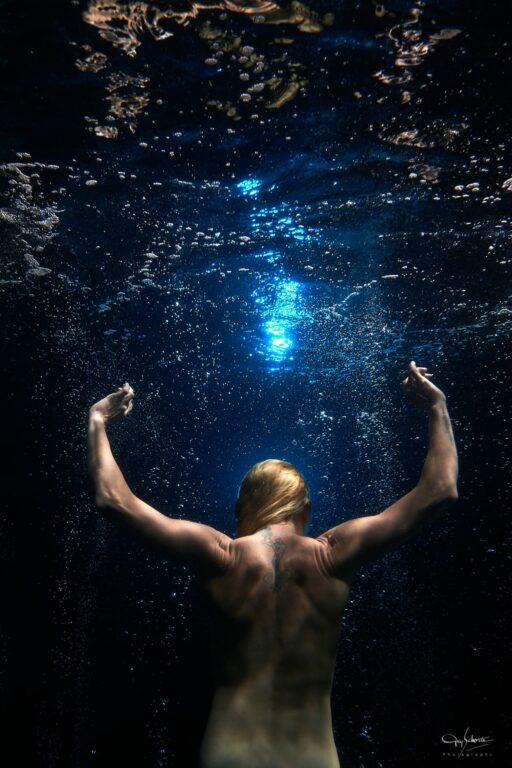 Mylena Leclercq underwater