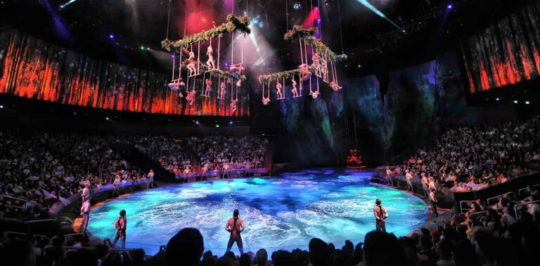 The House of Dancing Water Finale