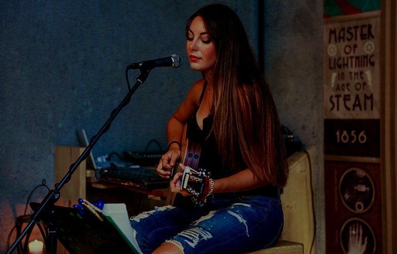 performing arts mom
