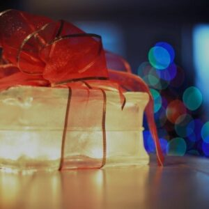 How To Buy From Independent Artists For Christmas 2020