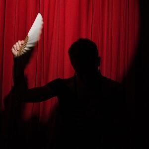 international theatre performers