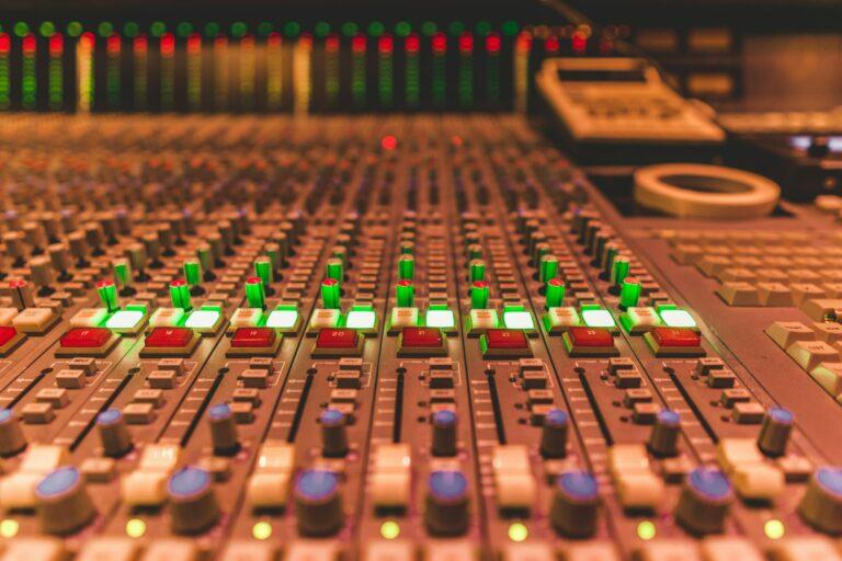 Daychia Sledge audio console
